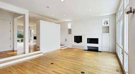 40- A parede de drywall dividiu a grande sala em dois ambientes. Fonte: Pinterest