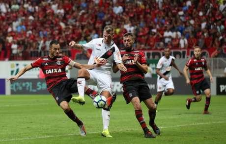 Vasco e Flamengo jogaram em Brasília neste sábado (15/09/18)