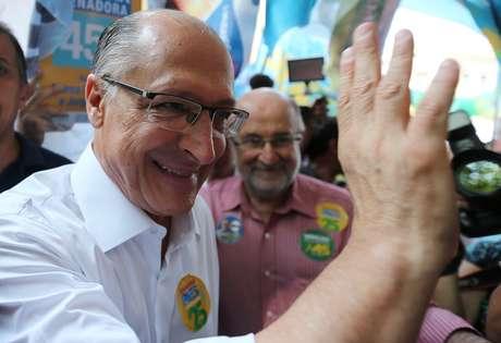 Candidato do PSDB à Presidência, Geraldo Alckmin, durante ato de campanha no Rio de Janeiro 13/09/2018 REUTERS/Sergio Moraes