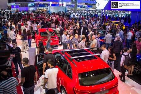 Imagem do Salão do Automóvel 2016