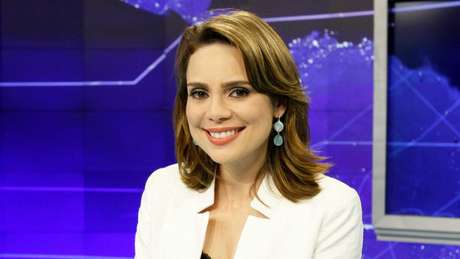 Vista como conservadora, âncora do 'SBT Brasil' surpreende ao se colocar contra os bolsonaristas