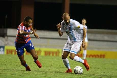 O experiente Carlinhos disputou seis partidas pela equipe paraense (Divulgação)