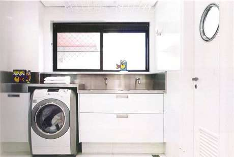 22. Armário para lavanderia planejada – Foto: Alessandra Maria Lopes