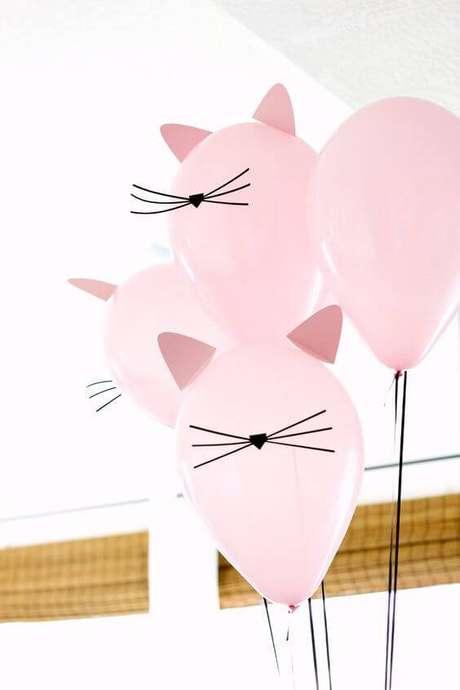 14. Decore as bexigas e deixe a decoração de festa mais divertida.