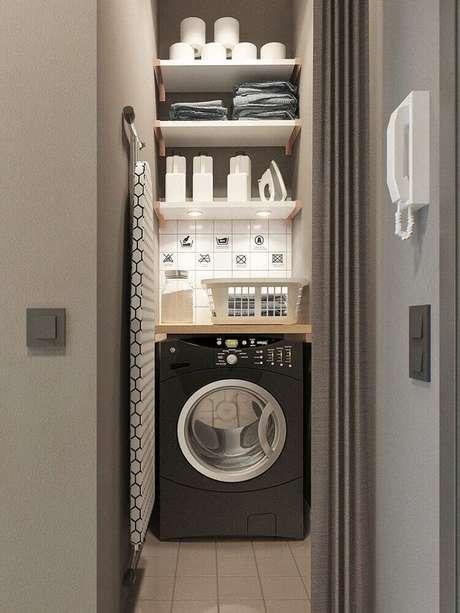 7. Nichos e prateleiras também devem ser usados para a organização da área de serviço – Foto: Designxzo