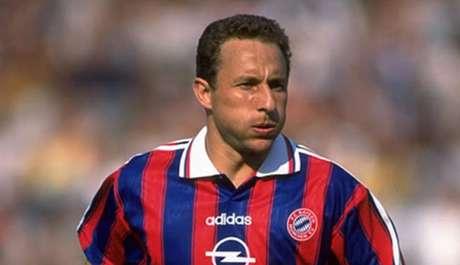 Papin foi campeão da Liga dos Campeões, pelo Olympique de Marselha, em 1991 (Foto: Reprodução/Internet)