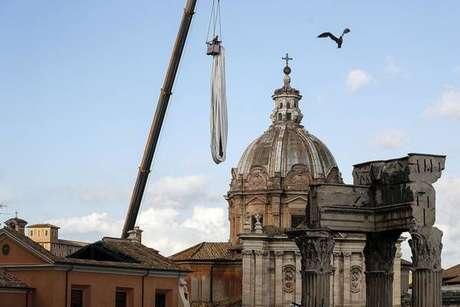 Padre italiano é condenado a 6 anos de prisão por pedofilia