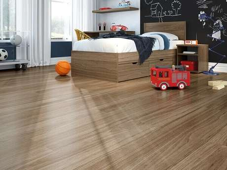 6- O piso laminado para quarto de criança deixa o ambiente com um aspecto visual bonito e elegante. Fonte: Duratex