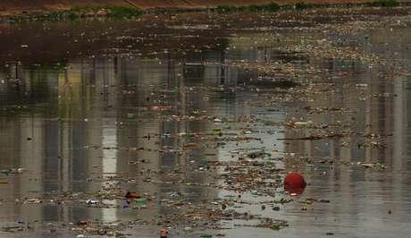 O Rio é sujo em 11,09% de sua extensão. Isso quer dizer que esse trecho não pode ser usado para recreação, irrigação de culturas, navegação, e que nele não há oxigênio na água e nenhuma condição de vida aquática.