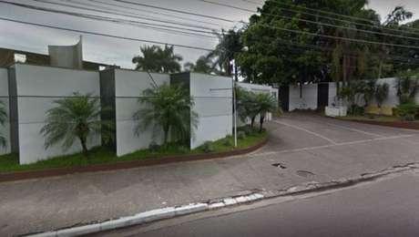 O motel fica localizado na Avenida Condessa Elisabeth de Robiano, na zona leste de São Paulo
