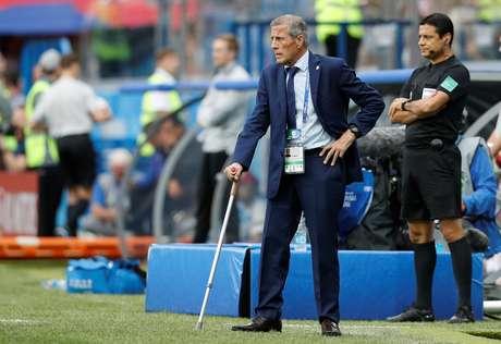 Técnico do Uruguai, Óscar Tabárez, durante partida contra a França 06/07/2018   REUTERS/Darren Staples