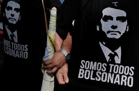 Simpatizantes do candidato do PSL à Presidência, Jair Bolsonaro, durante evento de campanha em Manaus 15/09/2018 REUTERS/Bruno Kelly