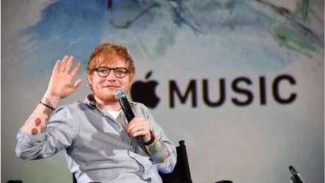 Cantor Ed Sheeran em evento da Apple Music, braço que é uma das apostas da gigante de tecnologia