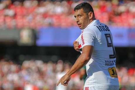 Diego Souza abriu o placar para o time tricolor