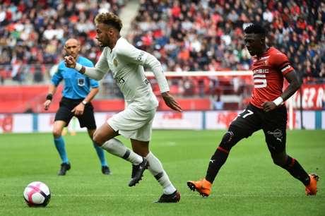 Neymar não marcou, mas teve boa atuação contra o Rennes (Foto: JEAN-FRANCOIS MONIER / AFP)