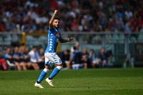 Lorenzo Insigne comemora gol na vitória do Napoli