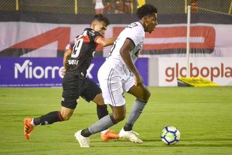Lance de Vitória x Botafogo
