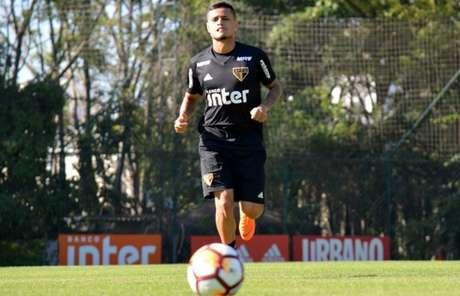 Everton é a principal dúvida do São Paulo para encarar o Botafogo (Érico Leonan/saopaulofc.net)
