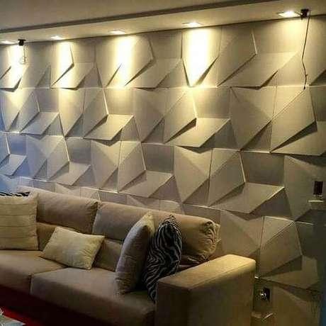 42. Gesso 3D em parede atrás do sofá. Foto de OLX