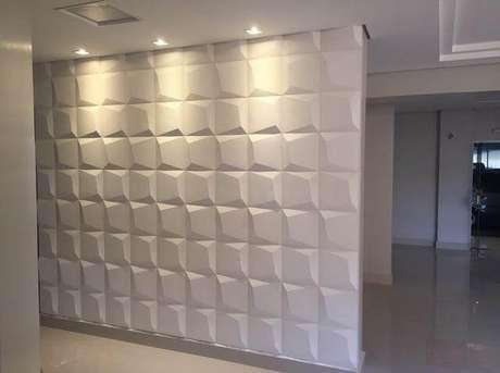 36. Gesso 3D em parede de corredor. Foto de OLX