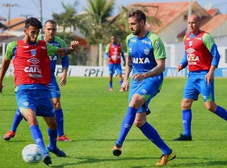 André Moritz foca no duelo contra o Coritiba pelo Brasileirão (Foto: Divulgação)