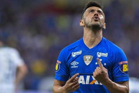 Robinho durante partida entre Cruzeiro x Palmeiras