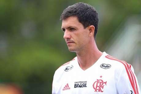Maurício Barbieri deixa o Flamengo após nove meses no comando do time (Foto: Gilvan de Souza / Flamengo)