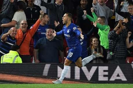 Fábregas avisa que Chelsea terá dificuldades para segurar Hazard (Foto: Paul Ellis / AFP)