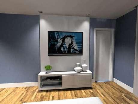 8- O rack com painel para quarto pequeno ocupa pouco espaço. Fonte: Noeli Monteiro