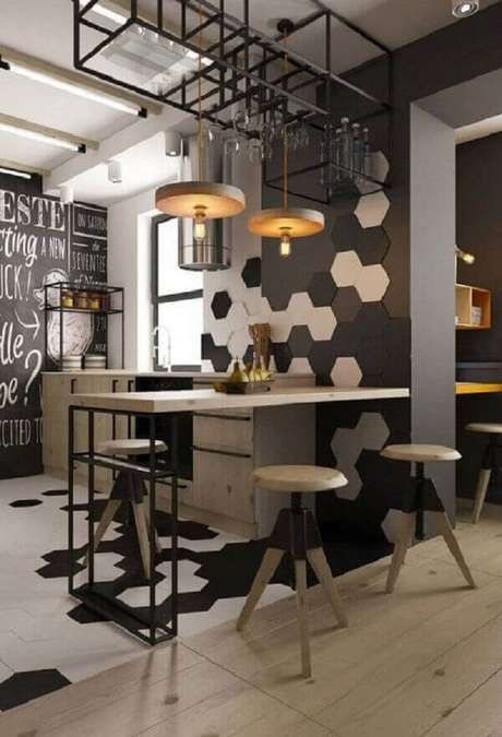 58- Revestimento preto e branco para cozinha decora com estilo o ambiente. Fonte: Pinterest