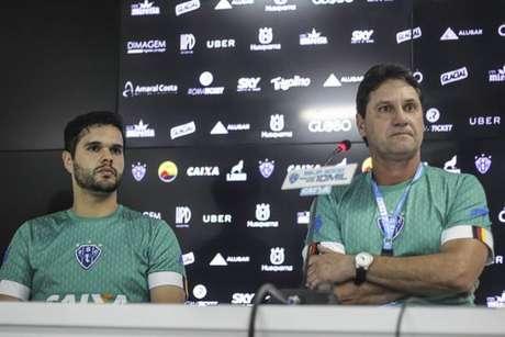 Brigatti pretende troca de goleiros para próxima partida (Foto: Divulgação)