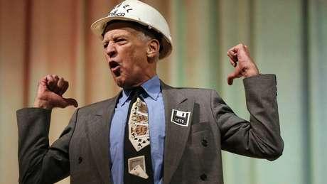 Segundo o Guinness World Records, John Turmel é recordista mundial em derrotas eleitorais. Ele agora concorre ao cargo de prefeito