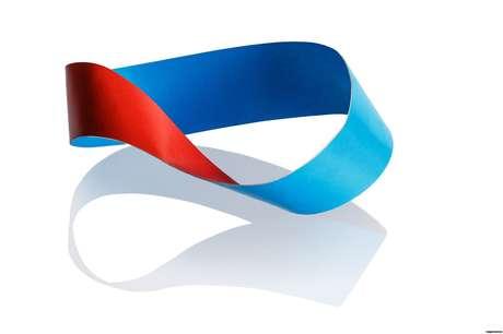 A fita de Möbius se tornou célebre pelo trabalho do alemão August Ferdinand Möbius