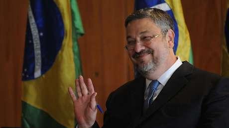 Palocci (foto) está preso desde setembro de 2016 na Superintendência da Polícia Federal em Curitiba (PR), mesmo lugar de detenção de Lula