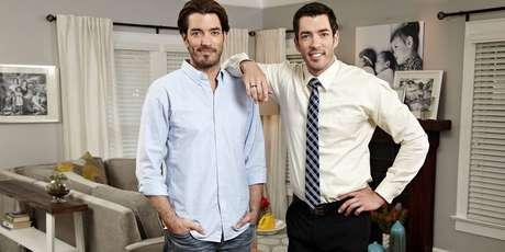 Os irmãos Jonathan e Drew Scott, apresentadores do 'Discovery Home & Health'.