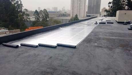 1- O impermeabilizante para laje exposta protege a estrutura dos efeitos danosos da água. Fonte: Desentupidora Porto Alegre 24horas