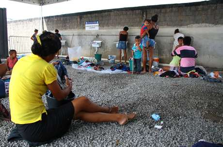 Imigrantes venezuelanos no abrigo Rondon 1, em Boa Vista (RR)