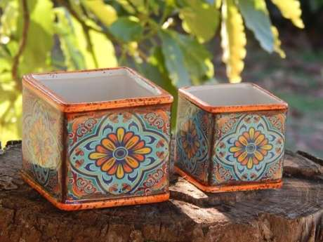 2. Um cachepot lindinho desses dá para usar de muitas formas na decoração. Foto de Arquitetamos