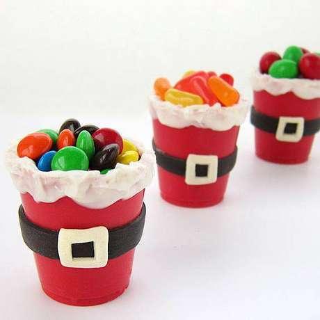 40- Presenteie seus convidados com doces