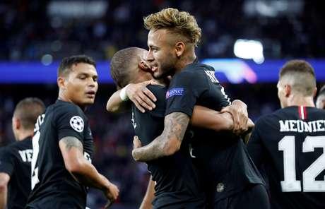 Neymar marcou hat-trick