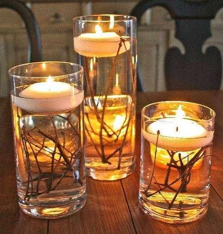 44- As velas de natal podem decorar e se tornar lembrancinhas
