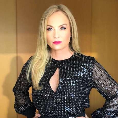 Angélica comemorou os 30 anos do single 'Vou de Táxi'