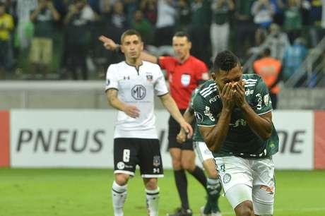Borja, do Palmeiras, comemora seu gol,