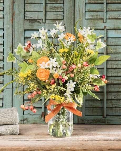 3. Inspire-se nos modelos de arranjo e buquê de flores do campo! Foto de Office Scapes Direct