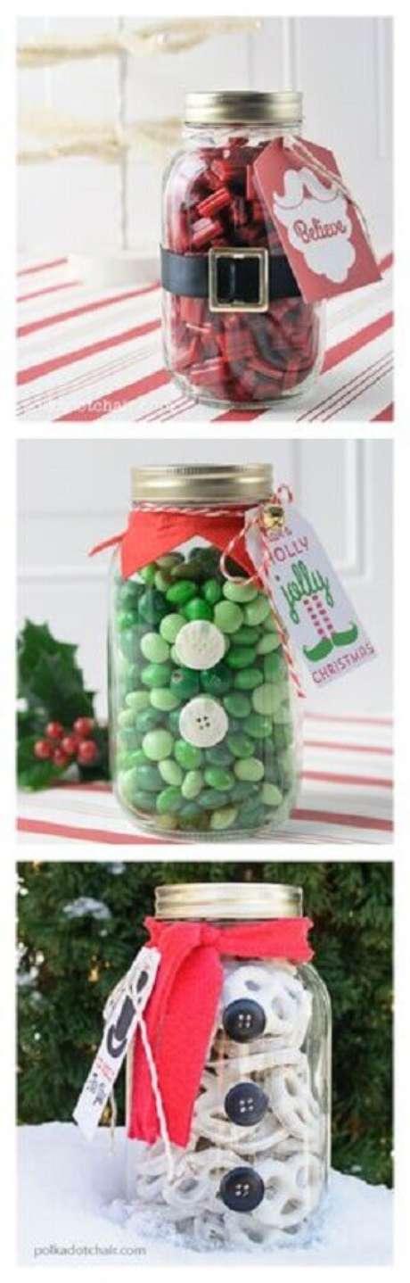 47. Potes de vidros decorados também podem ser usados para a decoração de natal – Foto: Christmas Greece