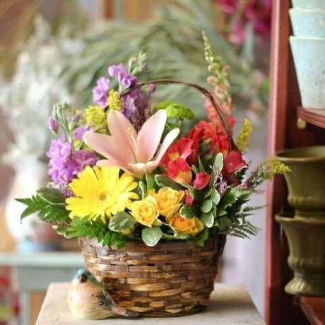 2. São muitas as texturas, tamanhos e aparências de flores do campo. Foto de Main Floral