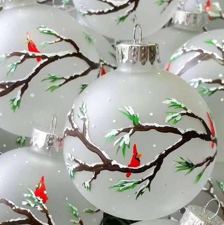 74. Lindo e diferente modelo de bolas para árvore de natal – Foto: Etsy