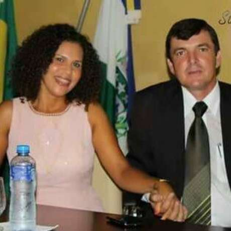 César Herling, prefeito de Teodoro Sampaio, e a primeira-dama Maria Aparecida Carvalho Herling