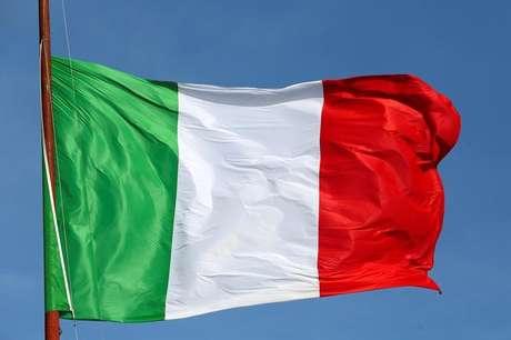 Bandeira da Itália é vista em Roma  23/03/2016  REUTES/ Stefano Rellandini