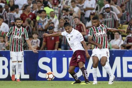 Richard e Edison Preciado durante Fluminense x Deportivo Cuenca,